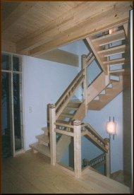 holzbau uwe kreuzer treppen gel nder dach eindeckung. Black Bedroom Furniture Sets. Home Design Ideas